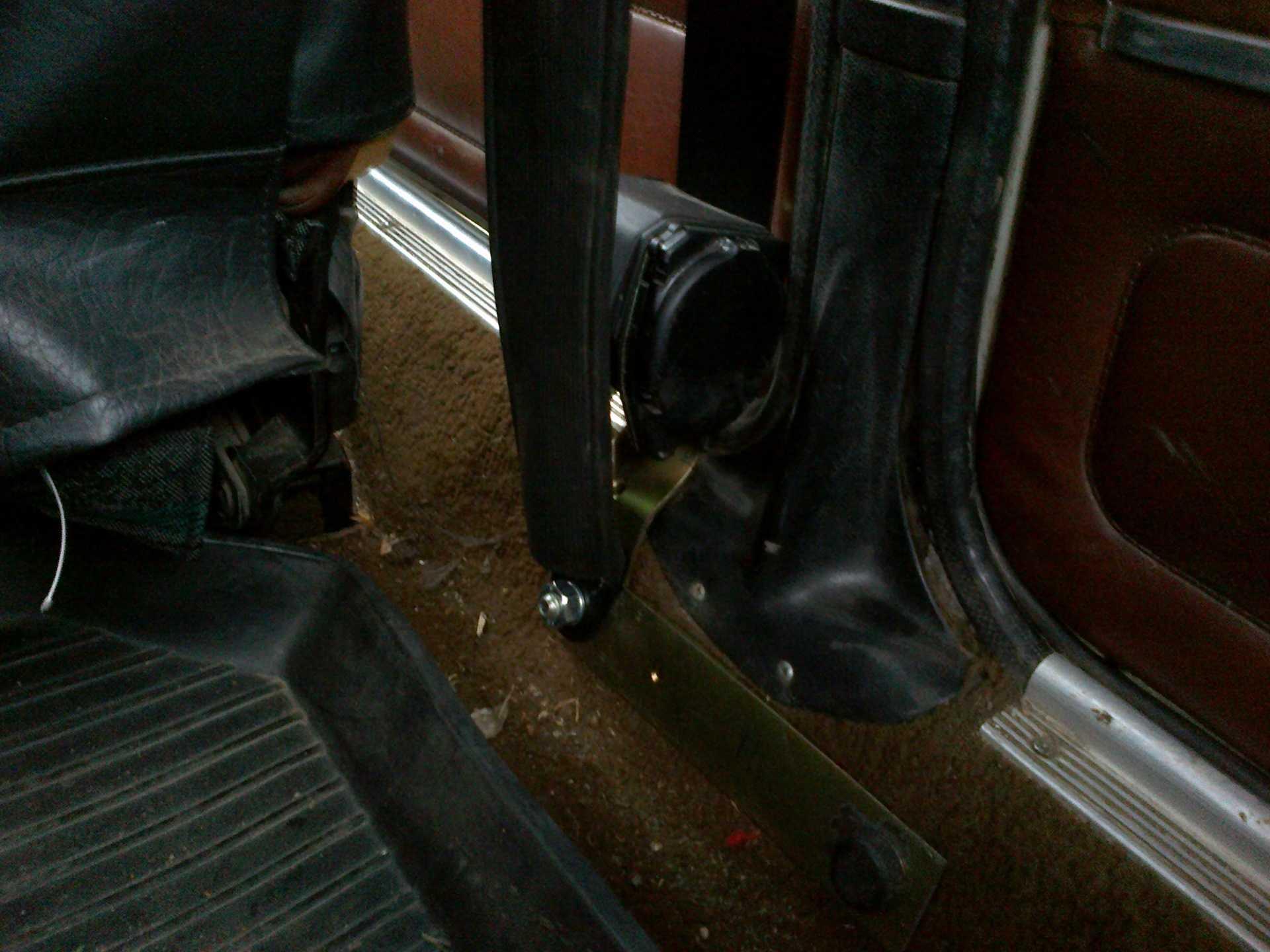 Установка инерционных ремней безопасности на ваз 2106 – все о лада гранта
