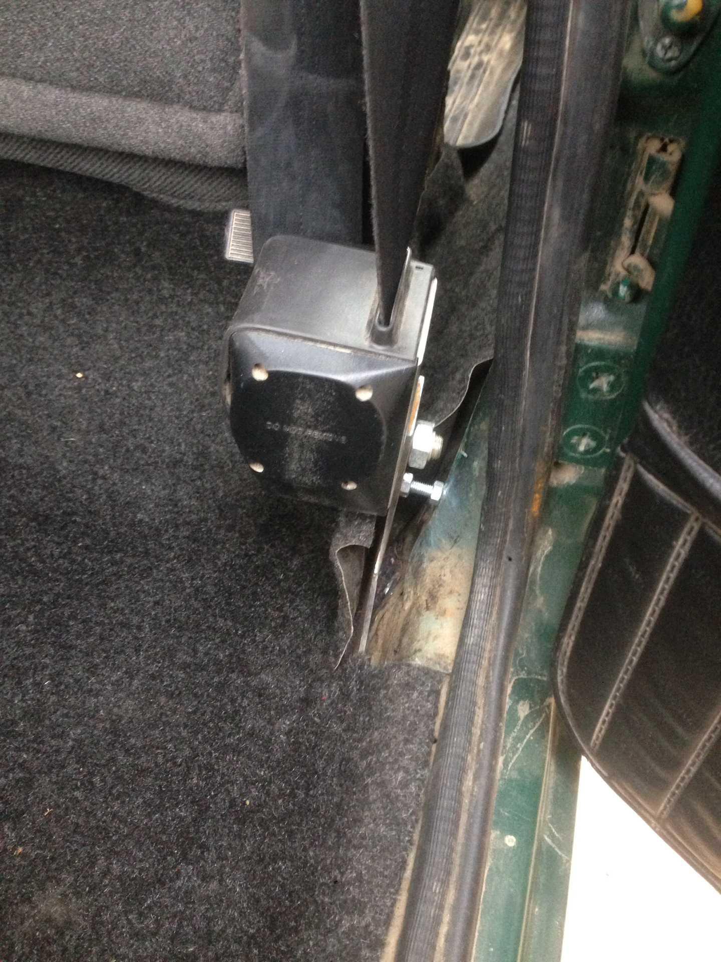 Заедает ремень безопасности ваз 2107. полное руководство по ремонту ремня безопасности