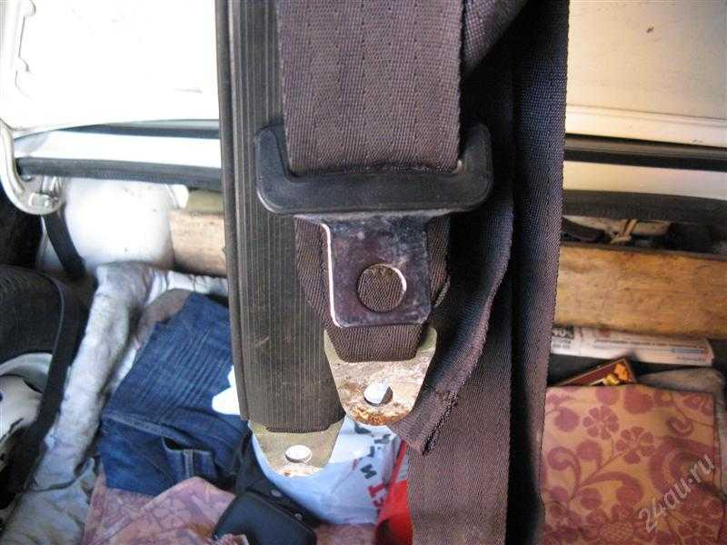 Как на ваз 2106 установить задние ремни безопасности